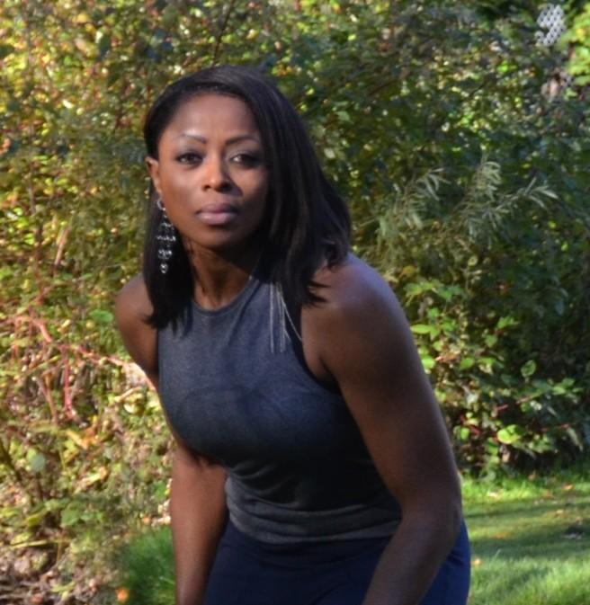 Oya portrayed by Gloria Antwi
